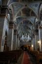 Wnętrze bazyliki katedralnej Wniebowzięcia NMP