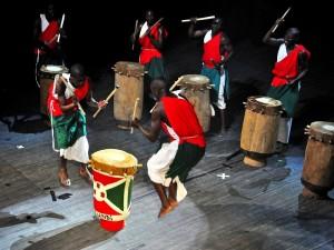 Królewscy Bębniarze z Burundi na Brave Festival 2010