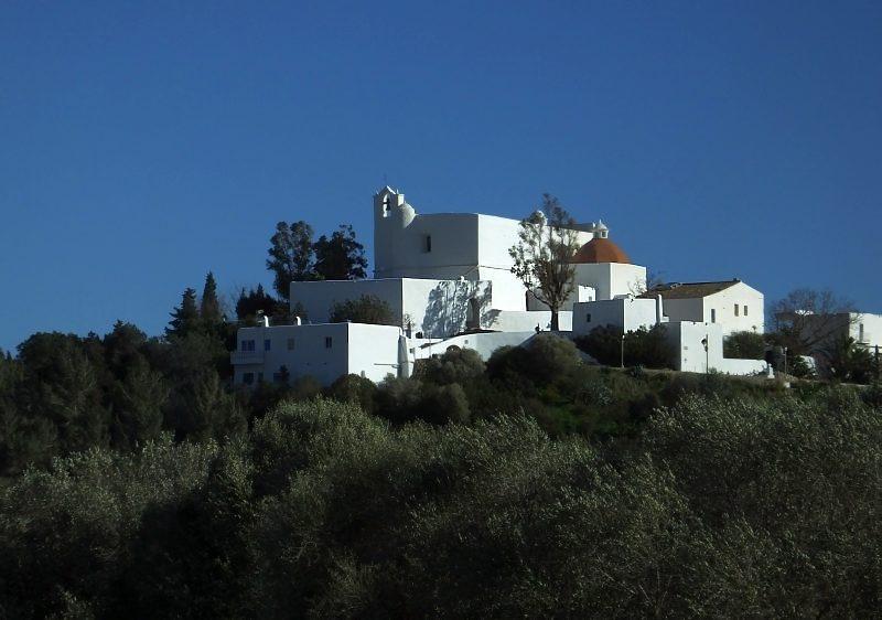 Kościół – twierdza w Santa Eularia