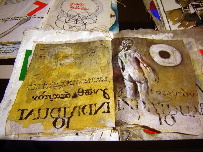 Księgi artystyczne Zbigniewa Makowskiego. Niesamowita wystawa w Muzeum Narodowym