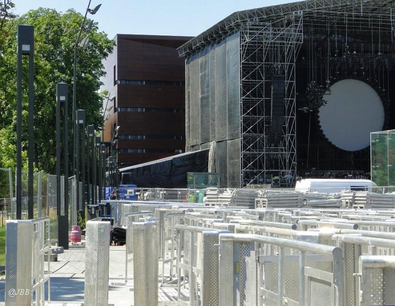 David Gilmour z orkiestrą Zbigniewa Preisnera przed progiem Narodowego Forum Muzyki