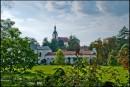 Castolovice - pałac z oddali