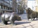 Niedzwiedź i byk - symbole giełdy finansowej Fot.Isabeldeg