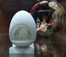 Szopka w alabastrowym jajku, Peru, XX w.