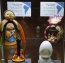 Szopka w kształcie gitary i  szopka w alabastrowym jajku, Peru, XX w.