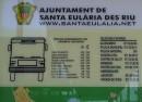 Plakat z informacją o cenach taksówek
