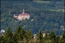 Zamek w Nachodzie widziany z wieży Jiraskovej Chaty
