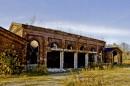 Ruiny budynku kompleksu fabrycznego Scheiblera na Księżym Młynie